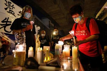 La veillée en souvenir de Tiananmen bloquée à Hong Kong)