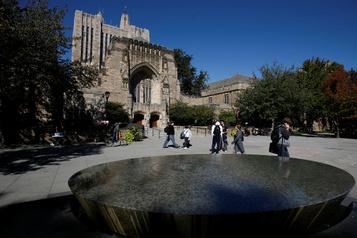 Washington accuse Yale de discrimination contre les Blancs et les Asiatiques)
