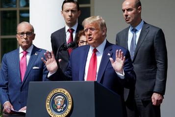 Les États-Unis ont «largement surmonté» la pandémie, clame Trump)