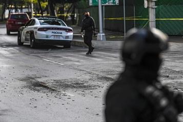 Mexico analyse une vidéo de paramilitaires d'un puissant cartel)