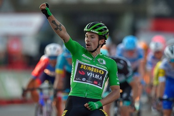 Tour d'Espagne La 10eétape et le maillot rouge pour Primoz Roglic)