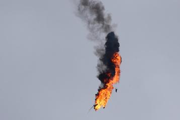 Escalade en Syrie: l'armée turque abat un hélicoptère syrien