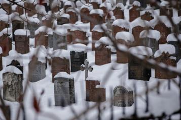 Bilan de l'ISQ La mortalité a bondi de 10% en 2020 au Québec)