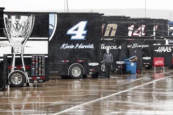 NASCAR: la course prévue à Charlotte remise en raison de la pluie)