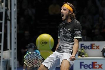 Finales de l'ATP: Tsitsipas gagne enfin contre Medvedev