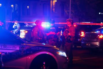 Manifestations au Kentucky Deux policiers blessés par balle à Louisville, un suspect interpellé)