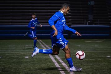Soccer universitaire : l'art de créer une belle équipe