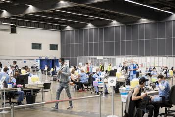 Vaccination  Nouveau record de prise de rendez-vous au Québec)
