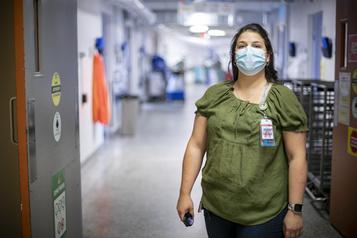 Témoignages d'infirmières «On était fatiguées, mais on n'avait pas le temps de tomber» )