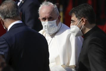 Visite historique en Irak «Que se taisent les armes!», lance le pape François)