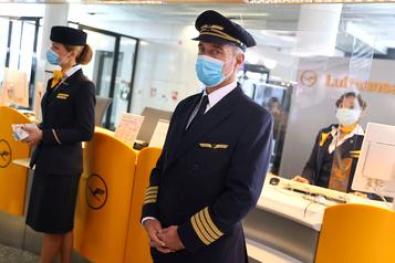 Jusqu'à 30000emplois menacés chez Lufthansa)