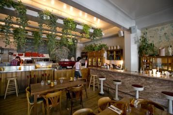 Retrouver le Café Parvis, pour un jour seulement)