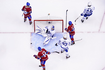 Courrier des lecteurs: le retour du hockey)