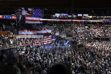Convention reportée, candidats confinés: l'inédite course à la Maison-Blanche