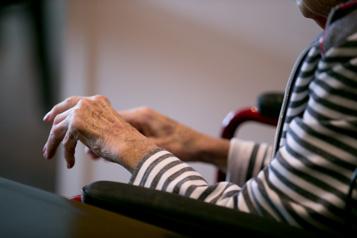Établissements pour aînés De plus en plus de places achetées au privé, révèle uneétude)