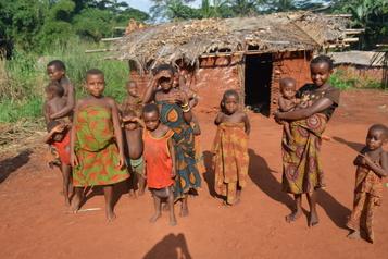 Face à la crise Quand des boîtes-repas font du bien jusqu'au Congo )
