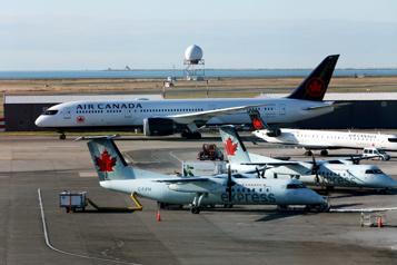 Après l'aide d'Ottawa, AirCanada commencera à rembourser ses clients)