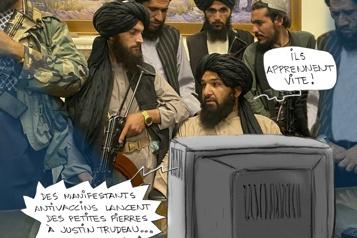 Manifestants et talibans)