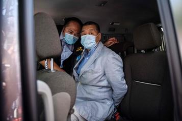 Hong Kong: Pompeo s'inquiète de l'arrestation du magnat de la presse Jimmy Lai)