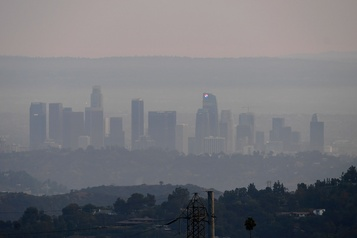 La Presse à Santa Cruz La Californie cherche son air)