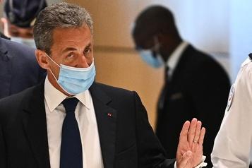 Corruption et trafic d'influence Nicolas Sarkozy condamné à trois ans de prison)