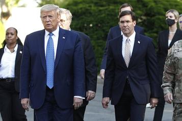 Manifestations: le secrétaire à la Défense se désolidarise de Trump)