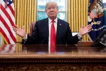 Trump a suggéré des bombardements nucléaires sur les ouragans