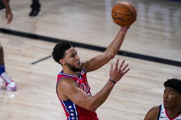 76ers: Ben Simmons devra être opéré au genou)