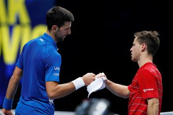 Tournoi de Londres Djokovic écarte Schwartzman, Medvedev dompte Zverev)