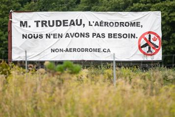 Saint-Roch-de-l'Achigan: descitoyens contestent unprojet d'aérodrome