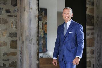 Entrevue: Brian McManus, l'ex-PDG de Stella-Jones, redevient banquier)