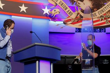 Trump retrouve Biden pour un débat sous haute tension)