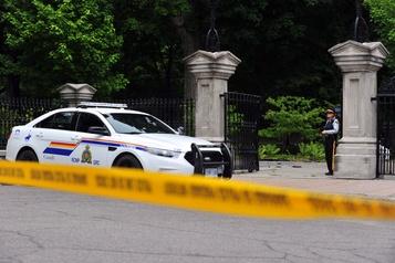 Homme armé sur le terrain de Rideau Hall: le suspect membre des Forces armées )
