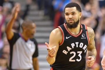 VanVleet et les Raptors battent les 76ers 107-95
