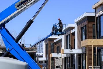 Dans un marché favorable aux vendeurs Près de 40% des Québécois veulent acheter une maison d'ici deux ans)