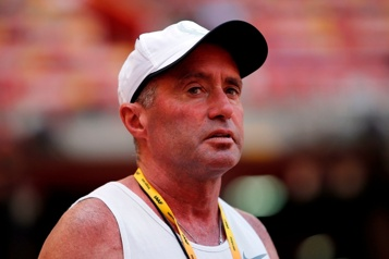 Athlétisme La suspension pour dopage de l'entraîneur Alberto Salazar confirmée)