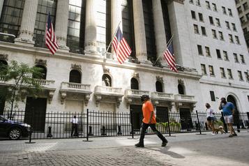 Wall Street finit en hausse, prudemment optimiste sur le plan de relance américain)