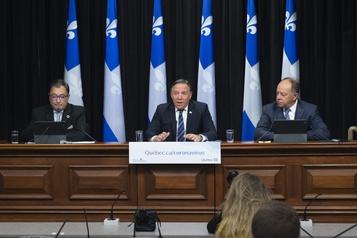 COVID-19 au Québec Trois régions passent au rouge jeudi, les bars et restaurants devront fermer )