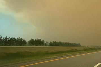 Bas-Saint-Laurent: un incendie de tourbières se dirige vers l'autoroute20)