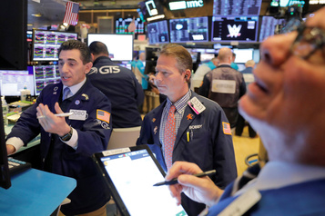 Wall Street rebondit, se reprenant au lendemain d'un fort recul