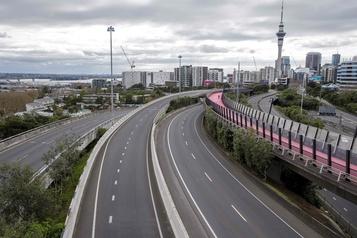 COVID-19: la Nouvelle-Zélande prolonge le reconfinement d'Auckland)