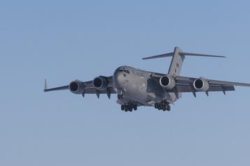 Les Forces armées envoient de l'aide en Australie