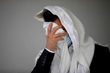 Israël se reconfine pour la saison des fêtes juives)