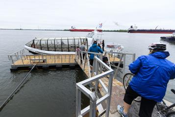 Les navettes fluviales attirent près de 40000passagers à leur retour)