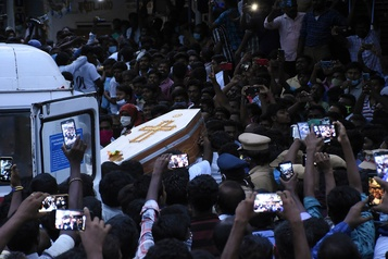 La violence policière décriée en Inde)