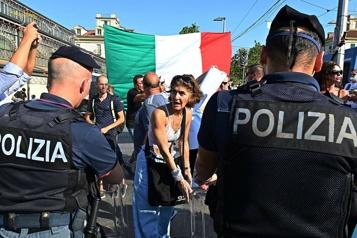 L'Italie impose le passeport sanitaire dans tous les lieux de travail)