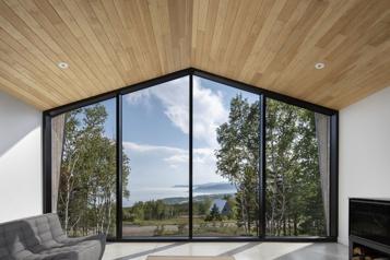 Fenêtre sur le fleuve)