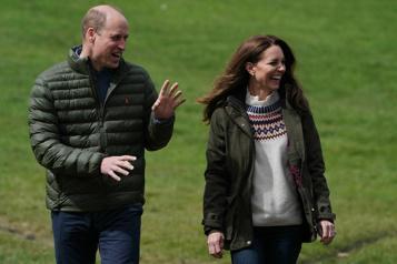Le populaire couple royal Kate et William fête ses 10 ans de mariage)