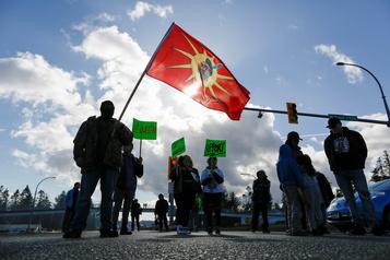 Blocage ferroviaire: une rencontre prévue avec les chefs héréditaires wet'suwet'en