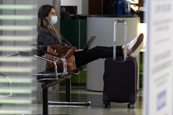Aéroports américains Vendredi a enregistré un record de fréquentation depuis un an)